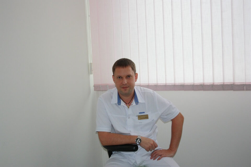 Ерохин, стоматолог, хирург, имплантолог