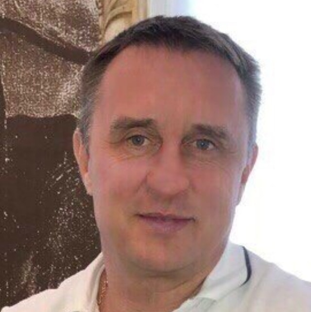Кириченко стоматолог-ортопед